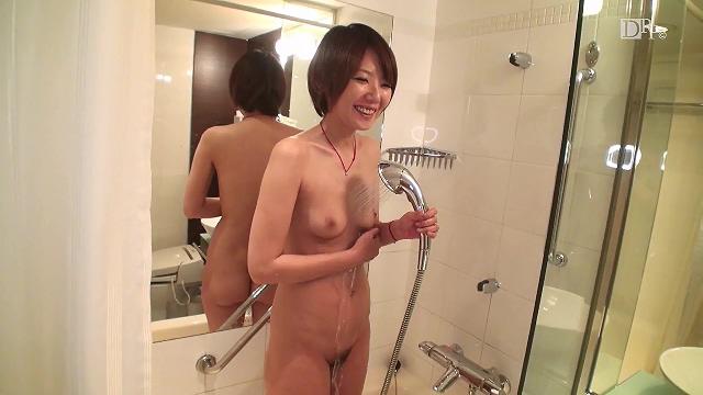 Misato Eguchi(江口美里) 開発されたい美乳人妻ととことんヤリまくって中出し